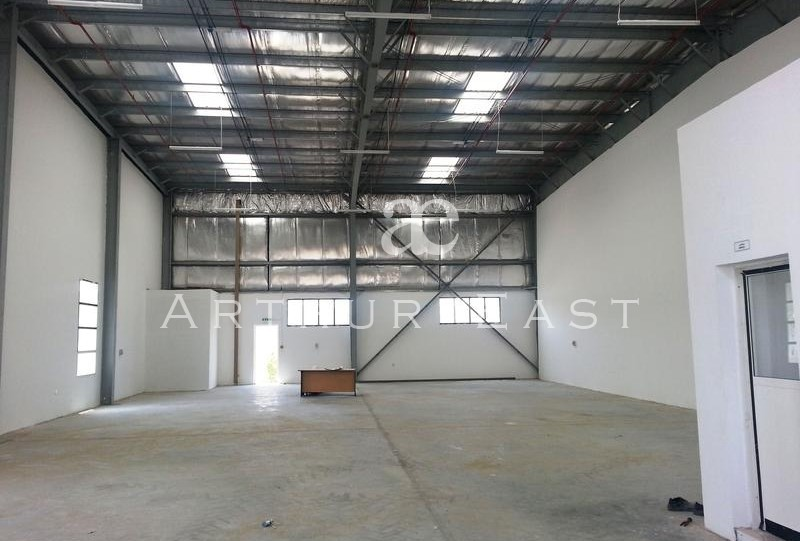 AED 32/sqft only DIP spacious warehouse