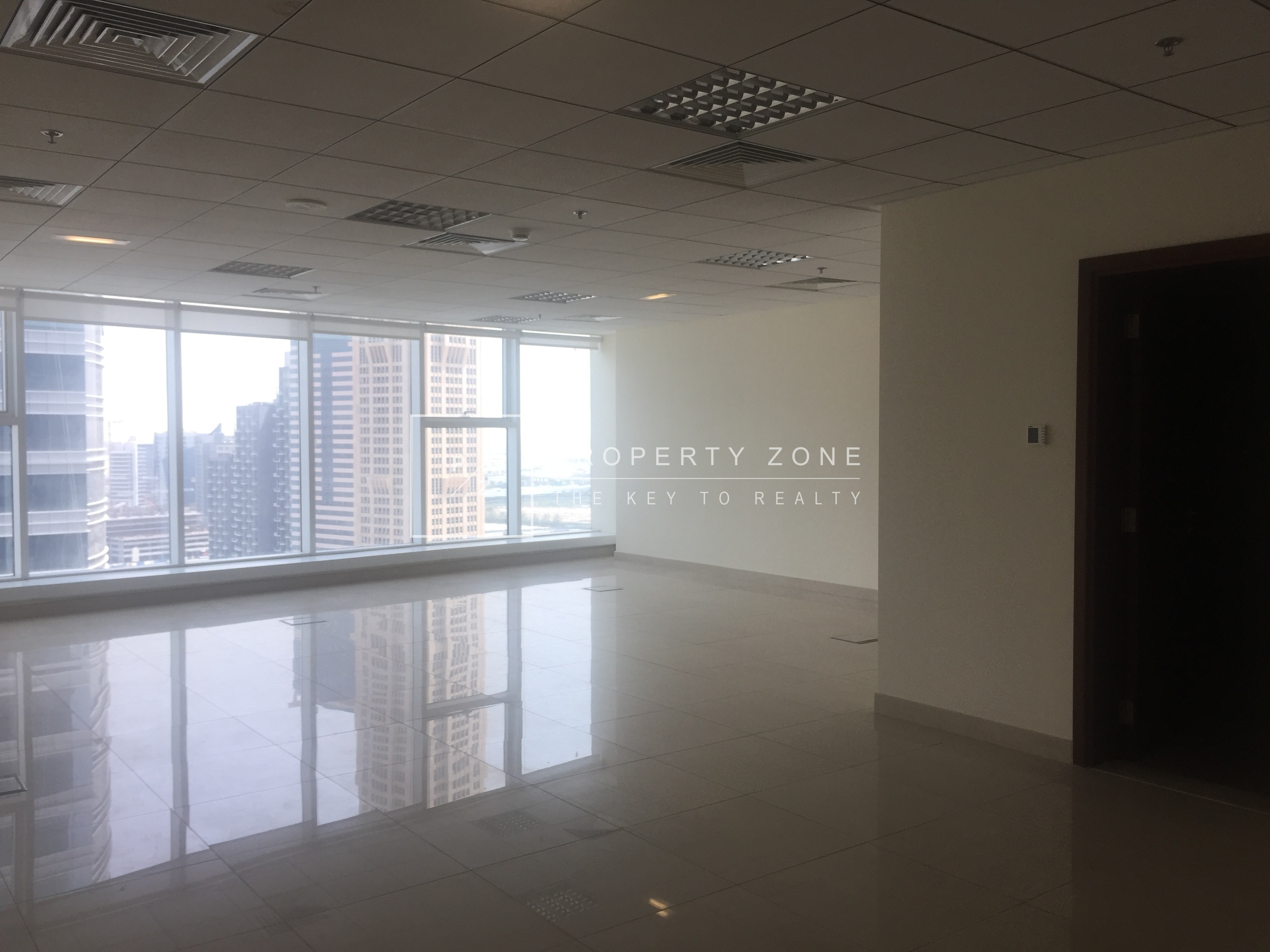 Good Quality Fitted Office w/ Canal View