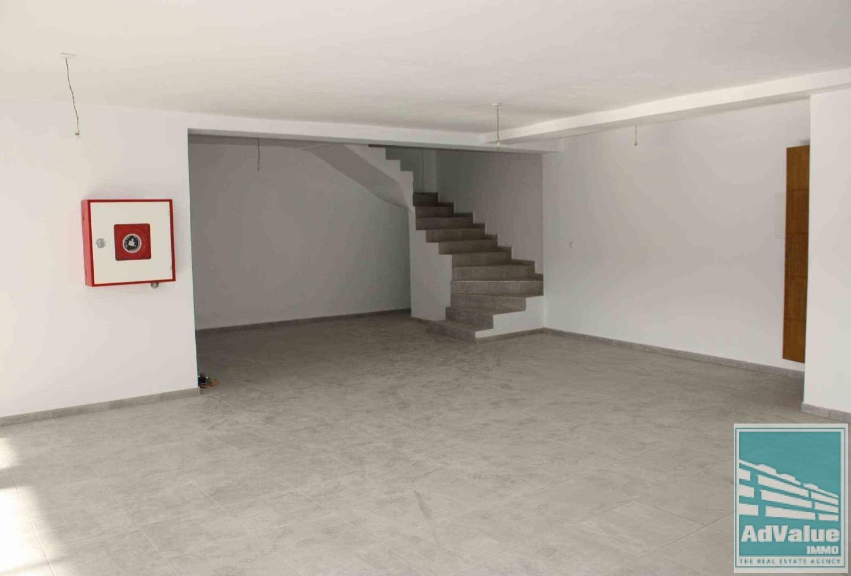 DL.298 : Immeuble de bureaux neuf à louer :