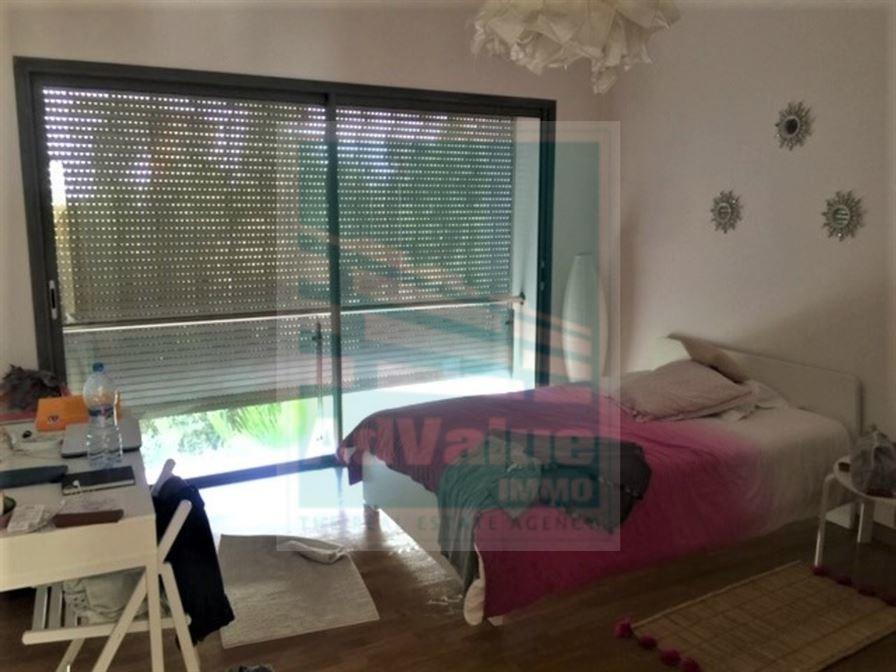 DV.598 : Superbe villa avec piscine à Aïn Diab :