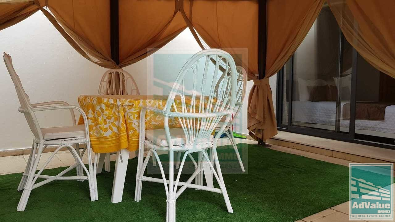 DL.398 : Superbe Studio meublé à Racine :