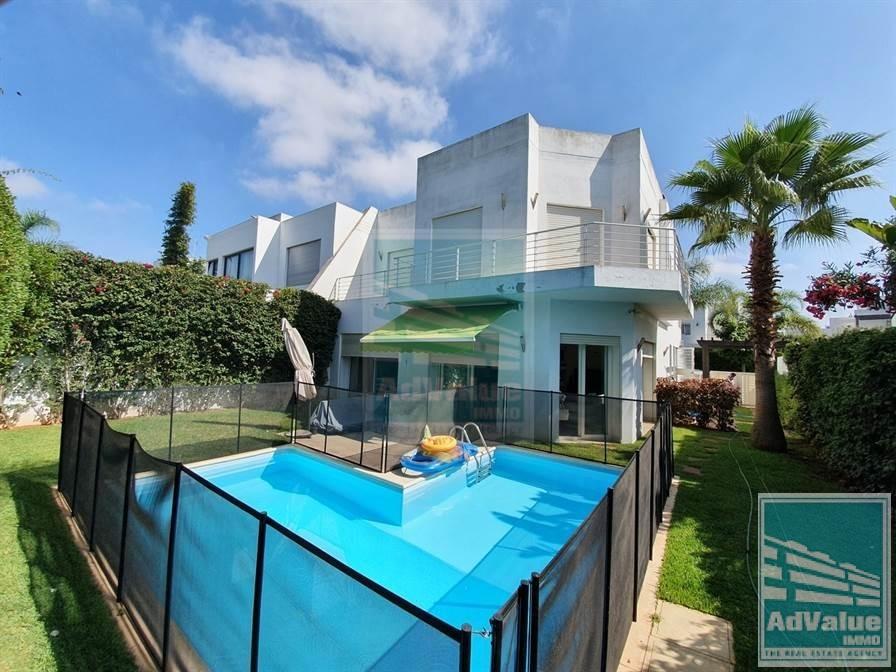 DV.538 : Villa avec piscine à Californie :