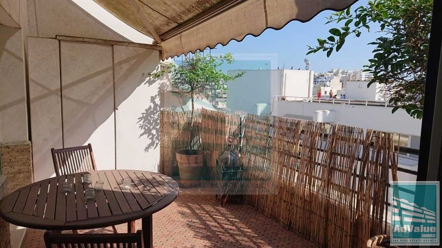 DL.506 Joli Studio meublé à Gauthier :