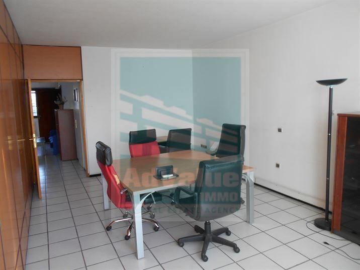 DL.322 : Plateau bureau de 140 m² Bd Zerktouni :