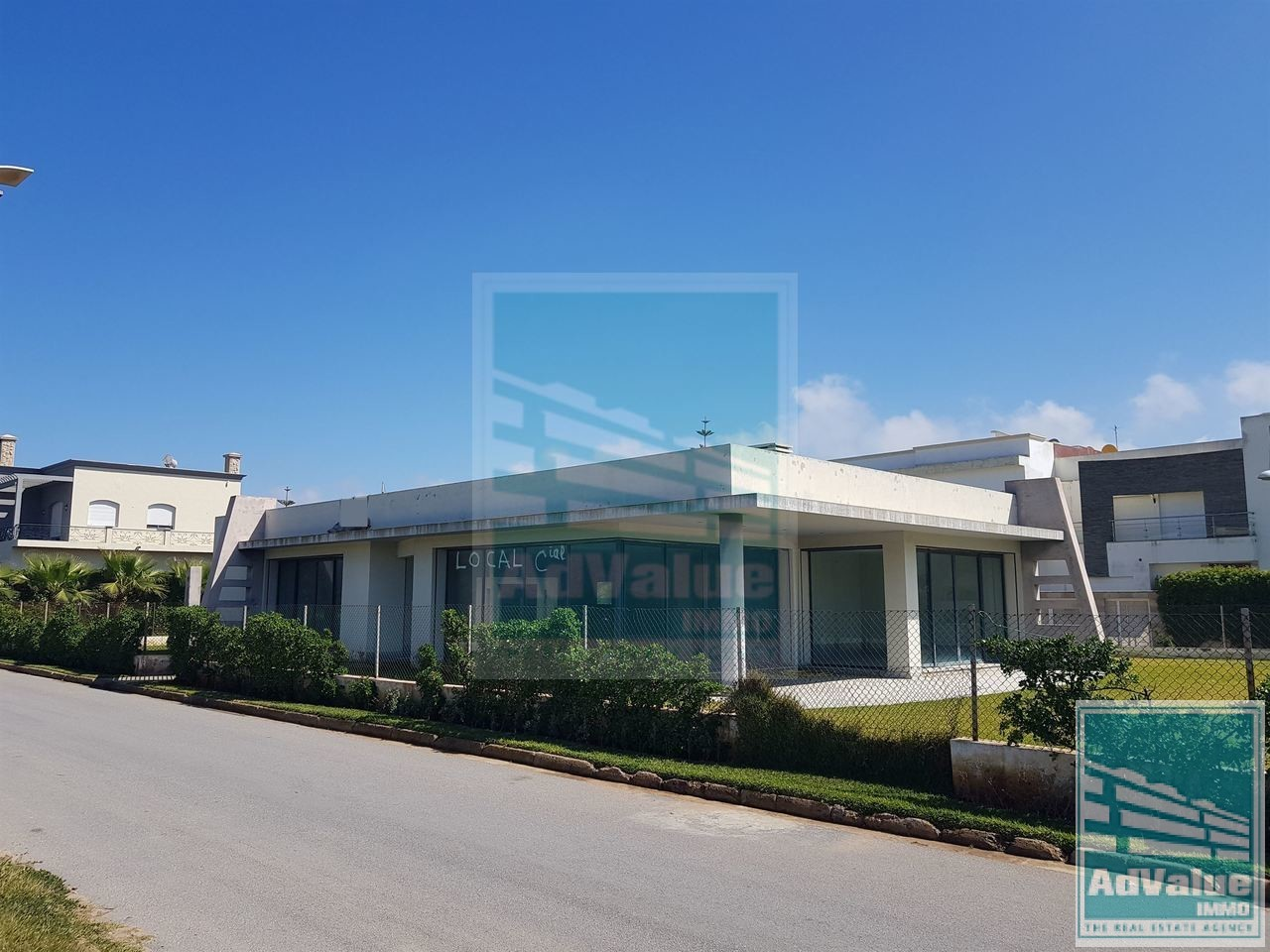 DV.430 : Local Commercial à Dar Bouazza :
