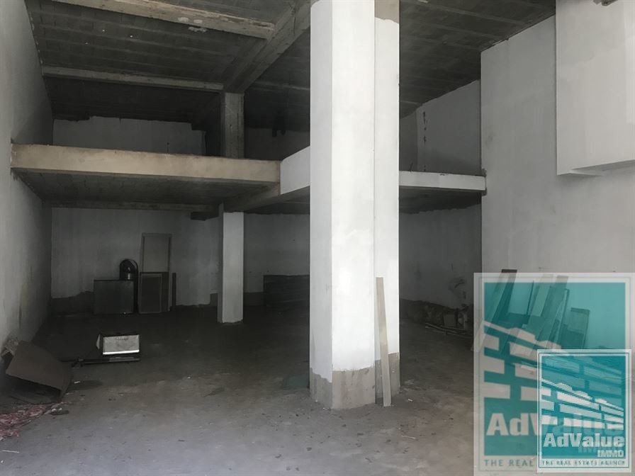 DV. 485 Local commercial plein de potentiel de 141 M2