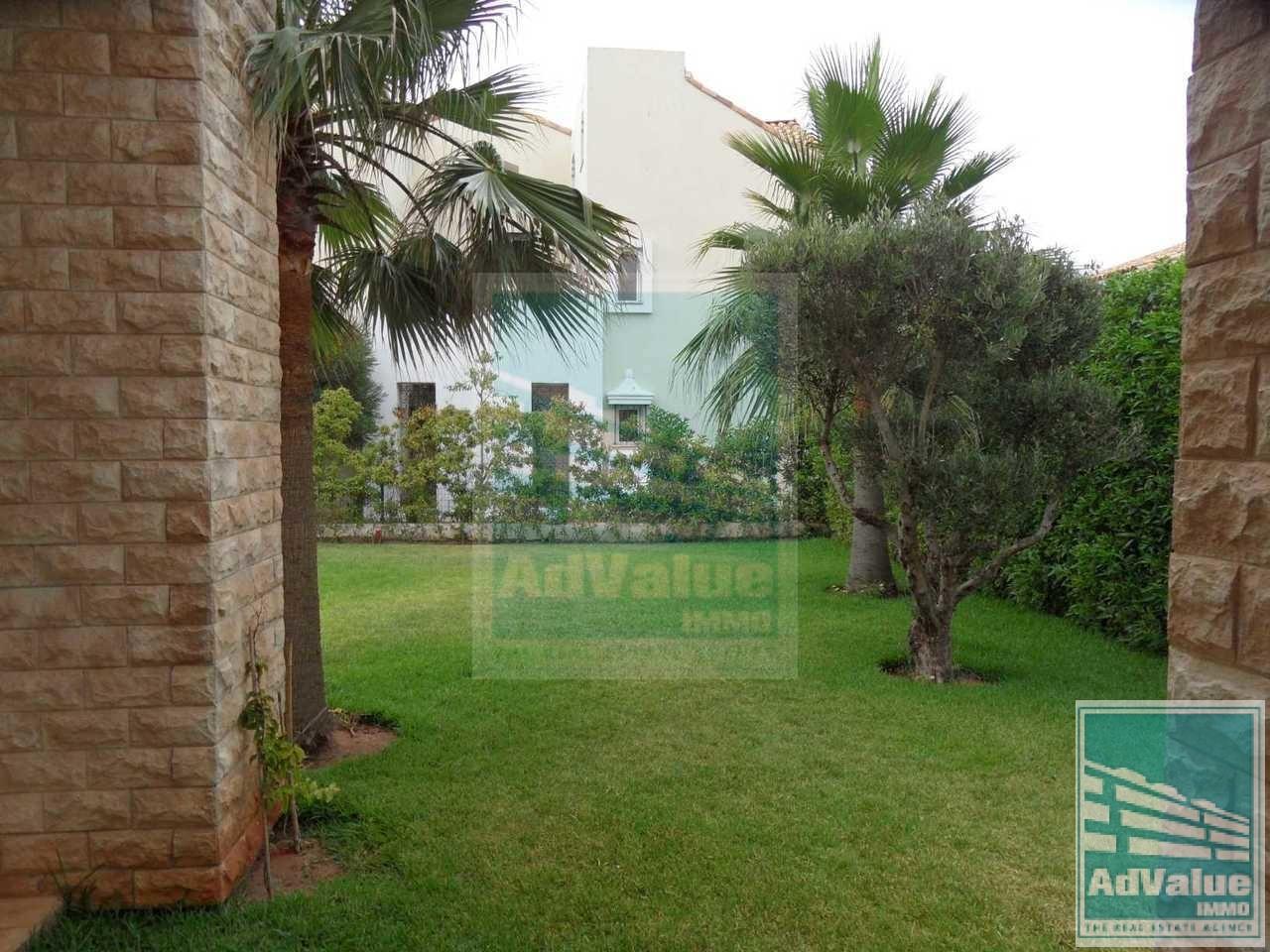 DV.164 : Belle Villa avec piscine