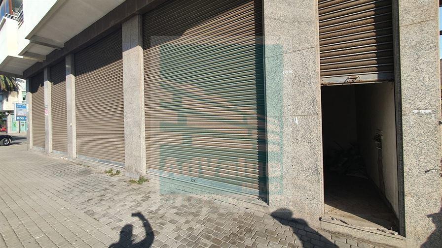 DV.657 : Local commercial à Palmier :