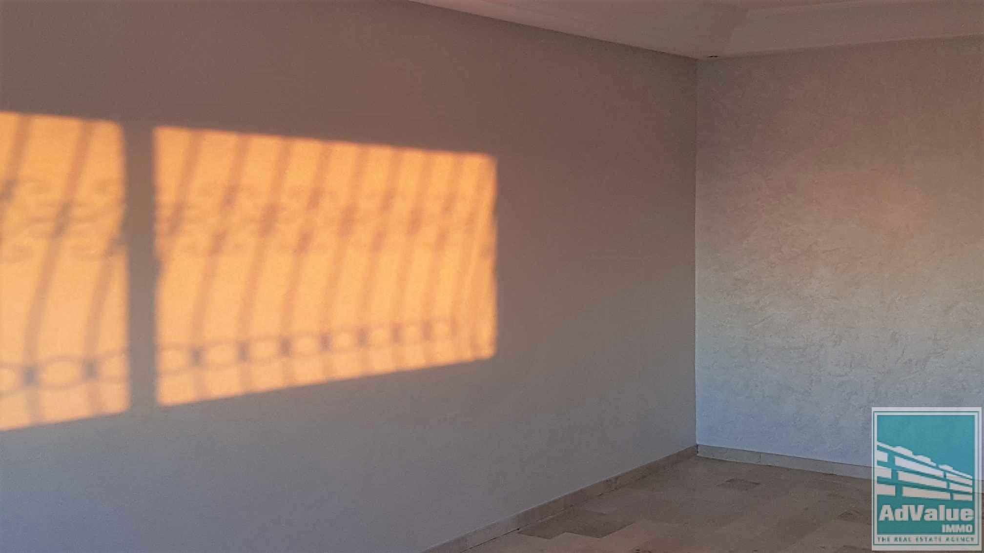 DV.333 : Superbe bureau de 141 m² Bd Abdelmoumen :
