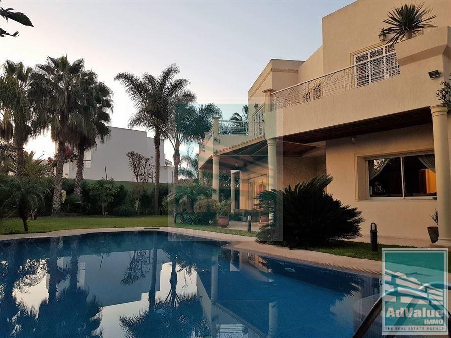 DV.420 : Superbe Villa de 1134 m² à Californie :