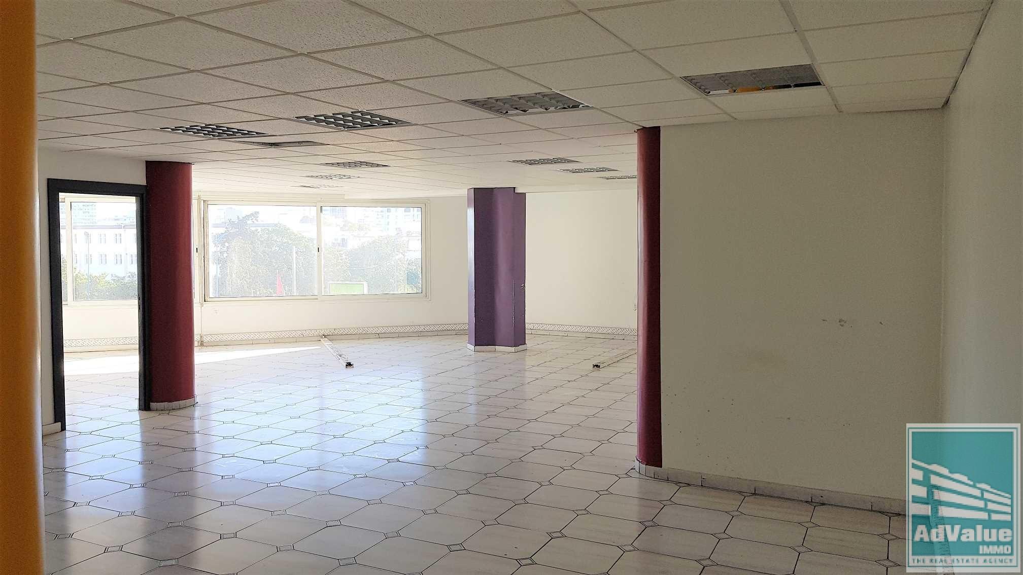 DL.329 : Plateau bureau de 122 m² Bd Zerktouni :