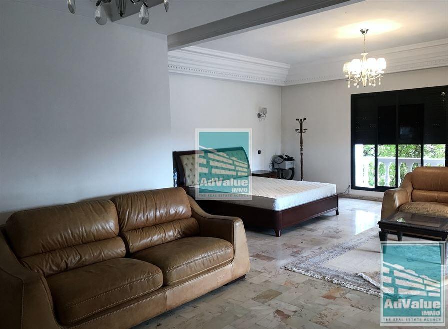 DL.460 Très belle villa de maître avec très beaux volumes