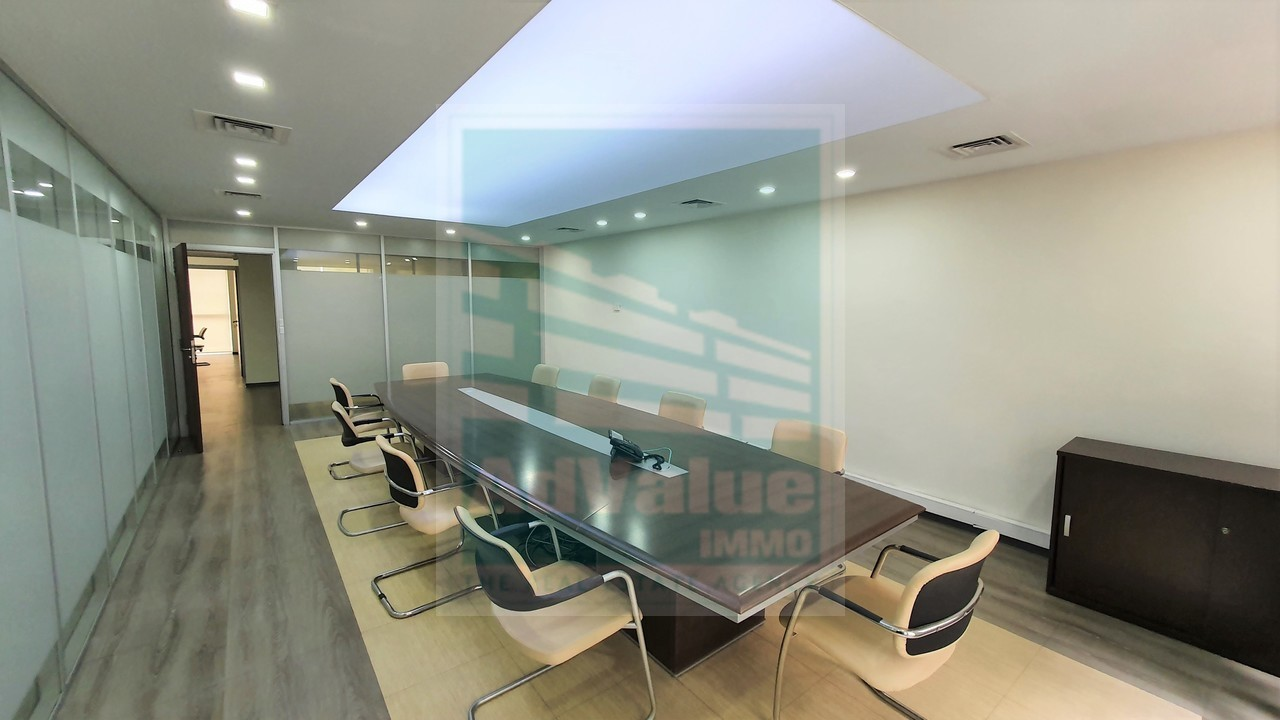 DL.703 : Immeuble de Bureaux à Louer à Maarif :