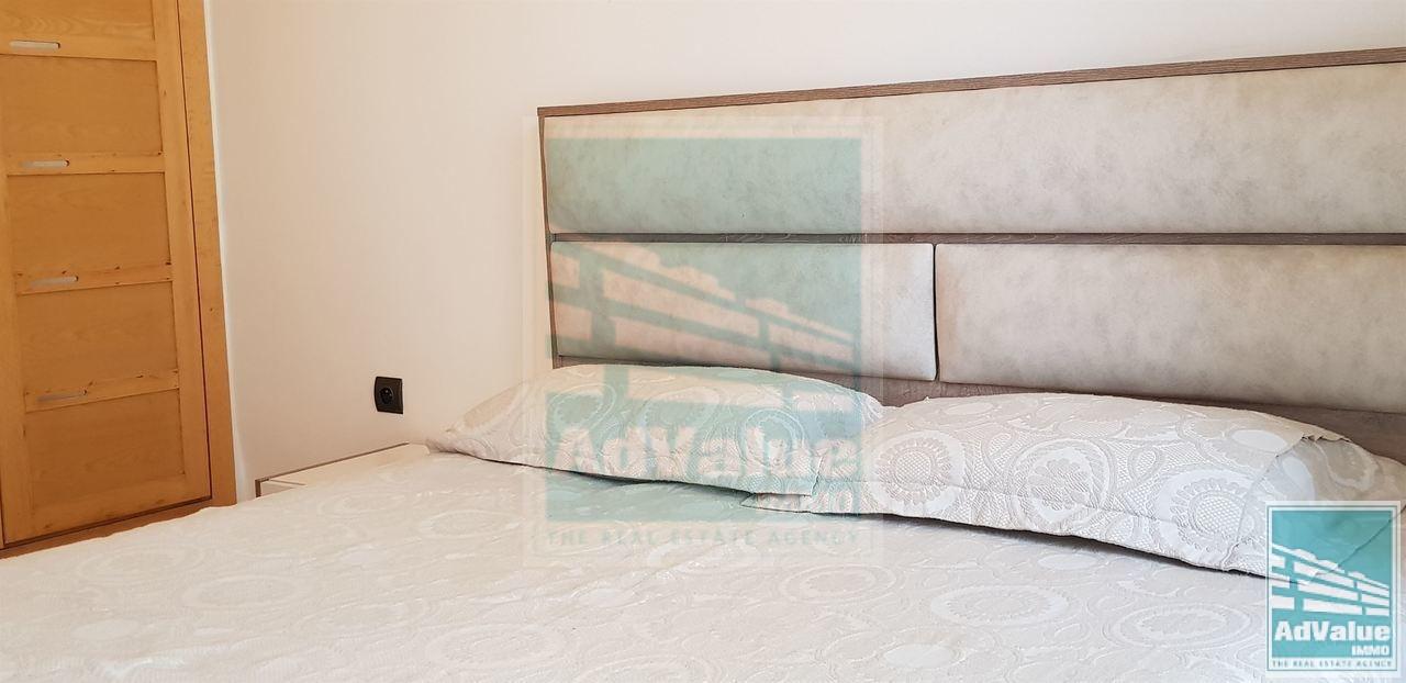 DL.406 : Superbe Studio meublé à louer à Racine :