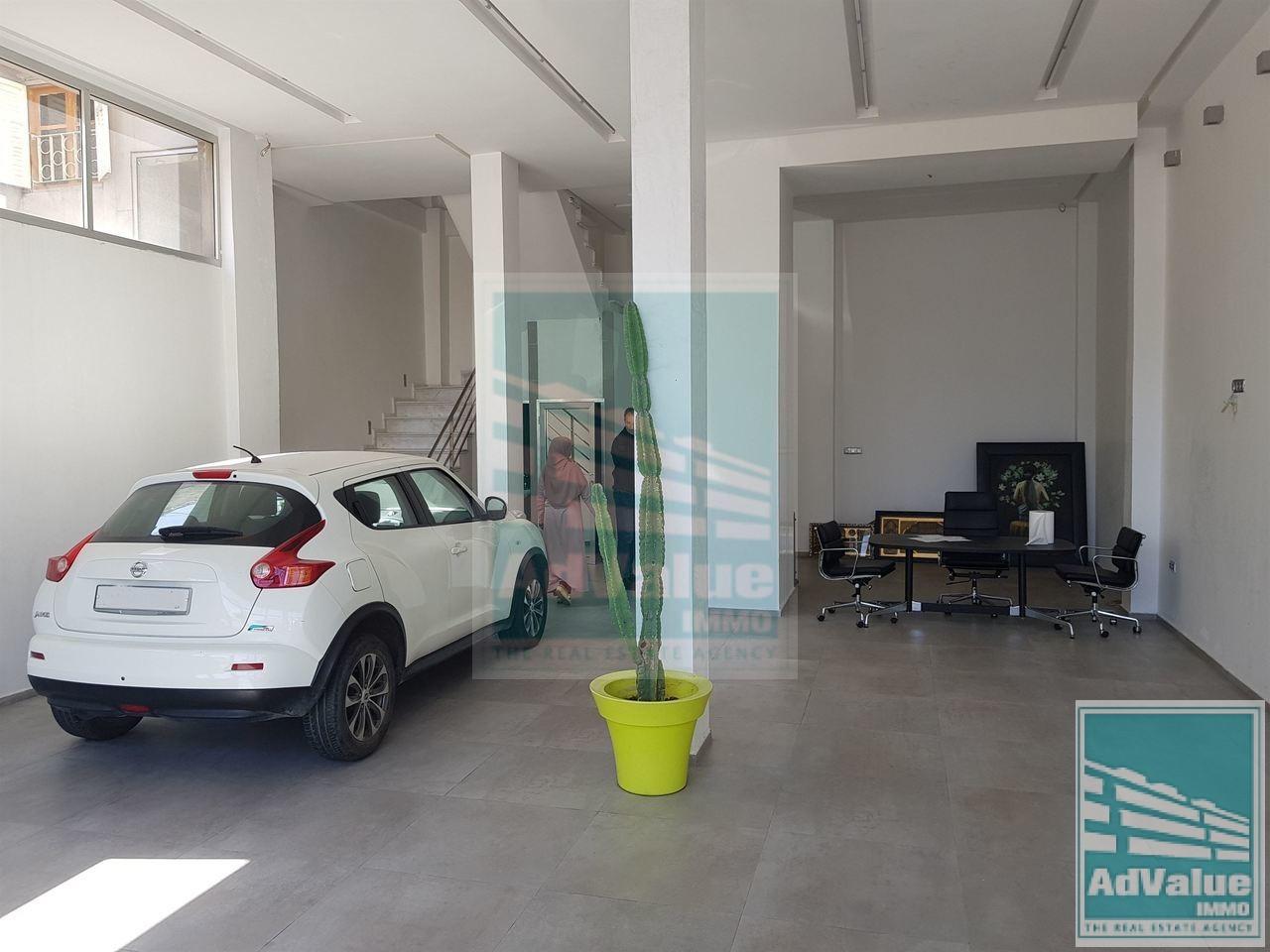 DL.446 Très bel immeuble de bureau