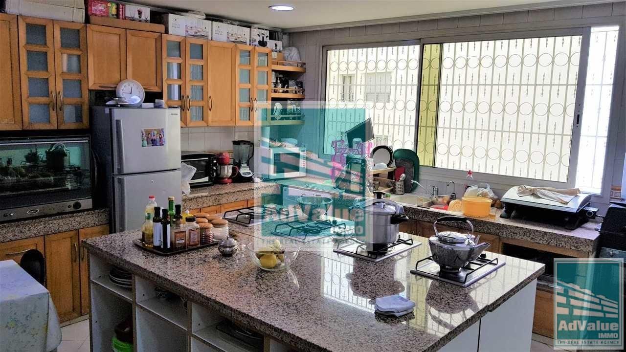 DV.369 : Bel appartement de 221 m² à Bd d'Anfa :