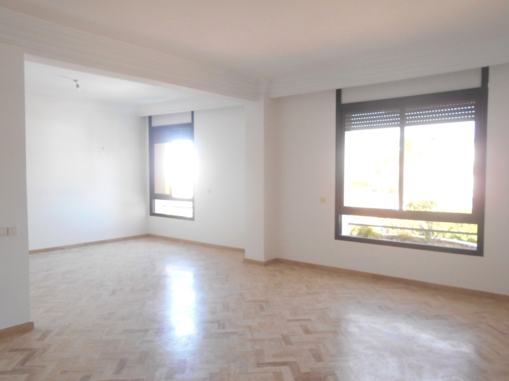 Location <strong>Appartement</strong> Rabat Agdal <strong>202 m2</strong>