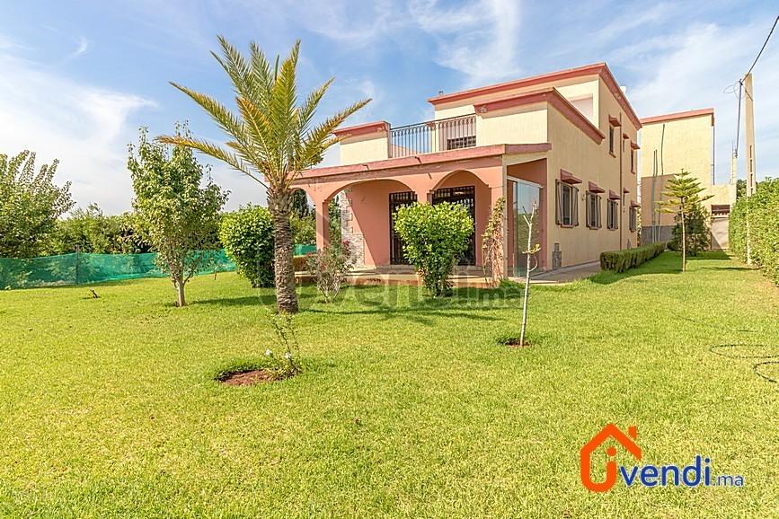 Vente <strong>Villa</strong> Benslimane Benslimane <strong>10000 m2</strong> - 4 chambre(s)