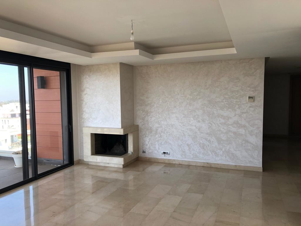 Location <strong>Appartement</strong> Rabat Souissi <strong>181 m2</strong>