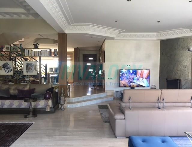 A vendre villa 400m² residence fermée californie