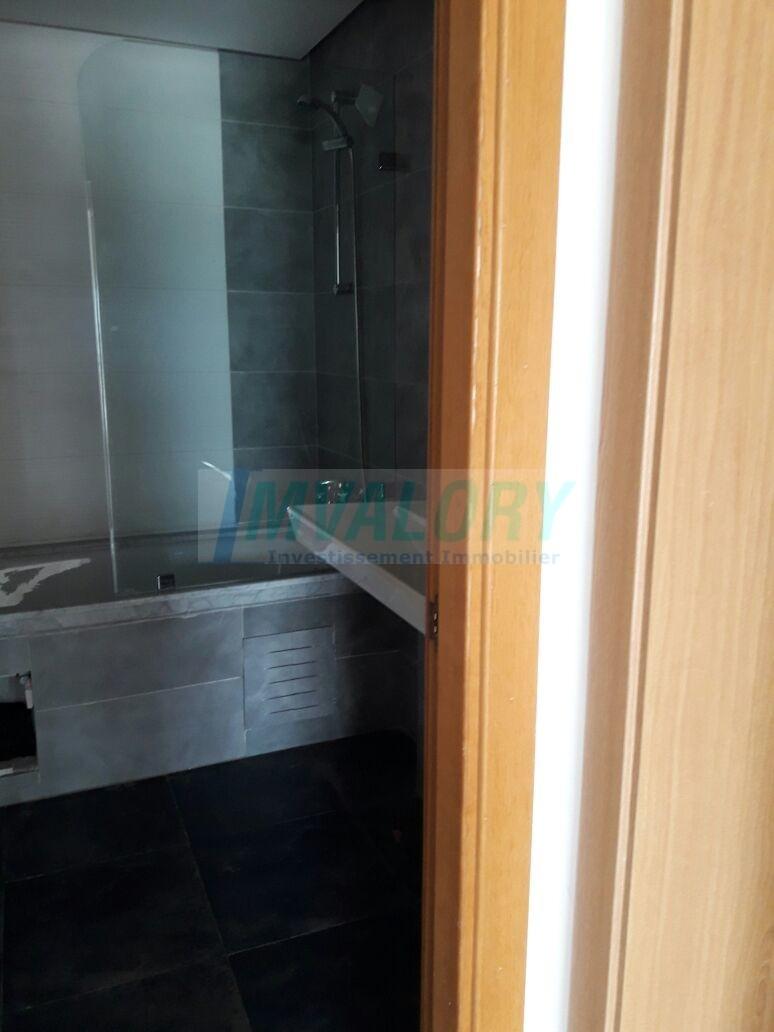 A louer Appartement 144m² résidence fermée, Ain Diab