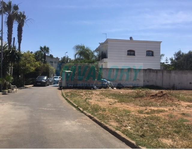 A vendre Terrain pour Villa de 1019m² à la Colline