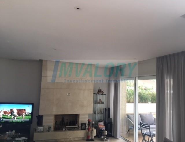 A vendre villa CGI bande Piscine