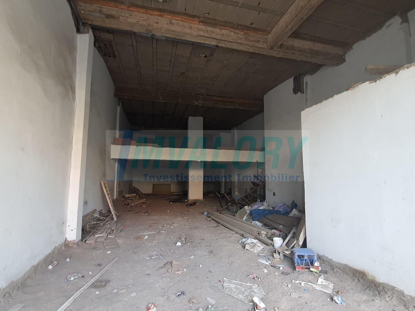 A louer local commercial 183m² PRINCESSE