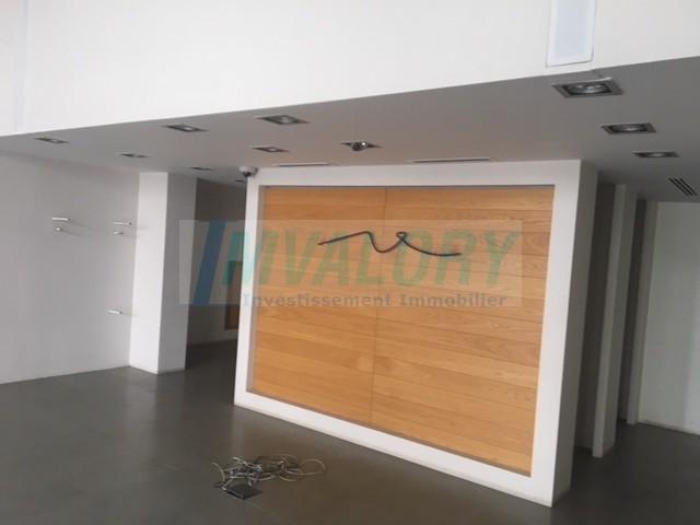 A louer magasin Maarif 143m²