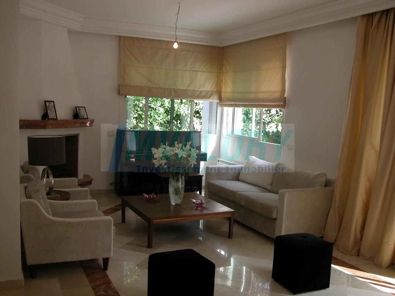 A vendre belle villa 402 m² Ain diab ext