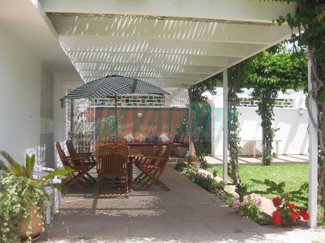 A vendre villa dans le quartier de l'Oasis 1272m²