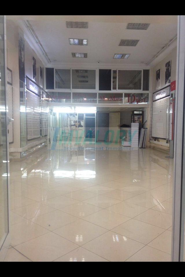 A vendre local commercial 72m² Maarif