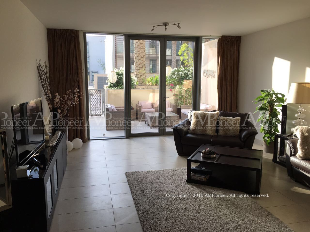 Amazing three BR Townhouse in Al Zeina !