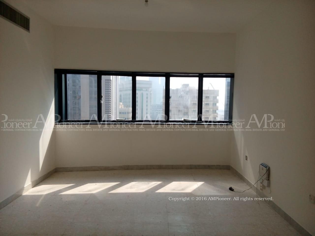 Beautiful 3Bedroom flat in Mina Street..