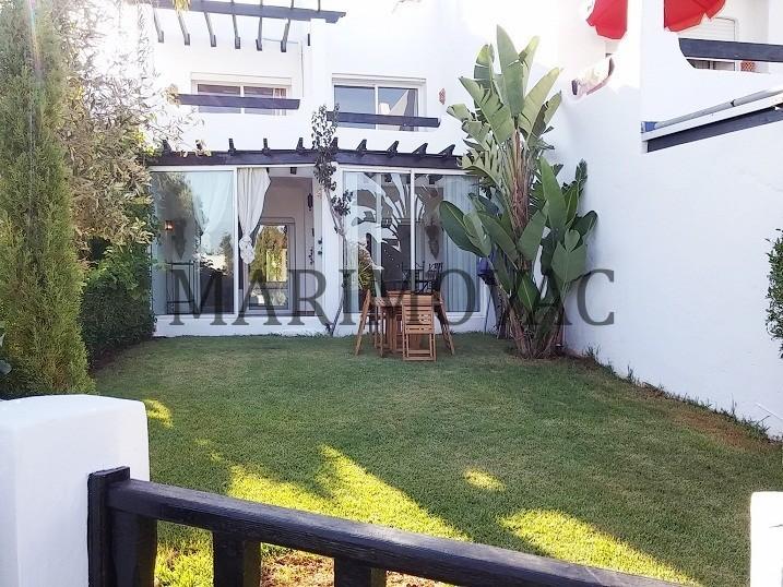 Location <strong>Villa</strong> Dar Bouazza  <strong>300 m2</strong> - 3 chambre(s)