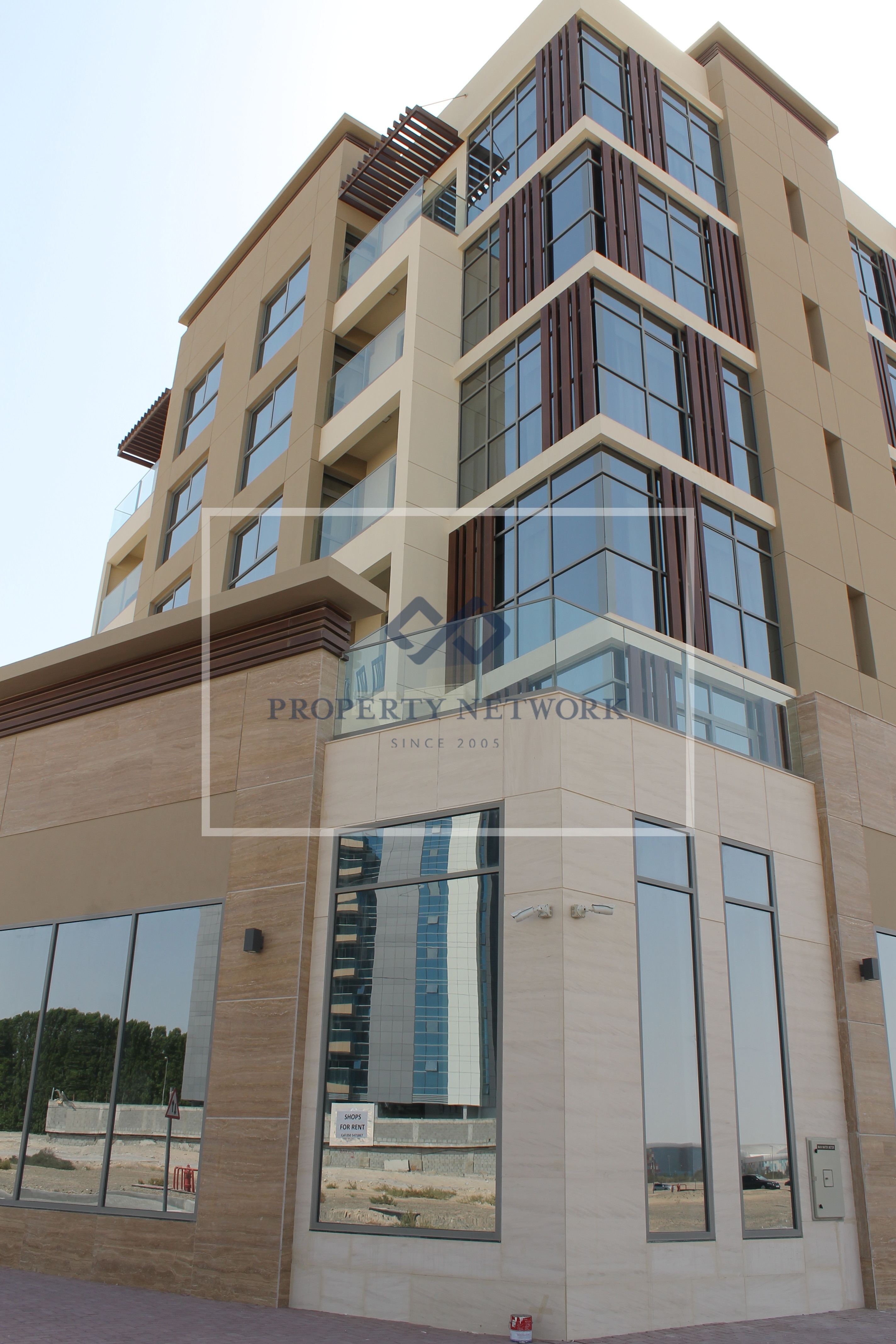 multiple-shops-in-majan-50-off-rent-in-the-1st-yr