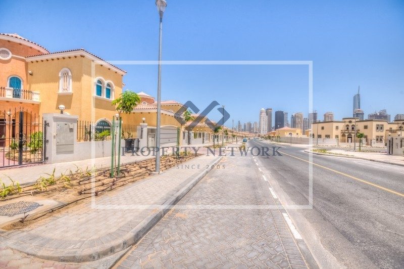 huge-plot-for-sale-in-jumeirah-park-at-16m