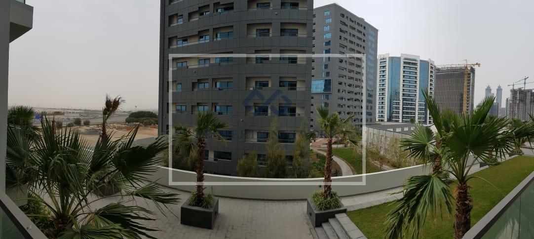 huge-layout-fully-furnished-studio-capital-bay-c