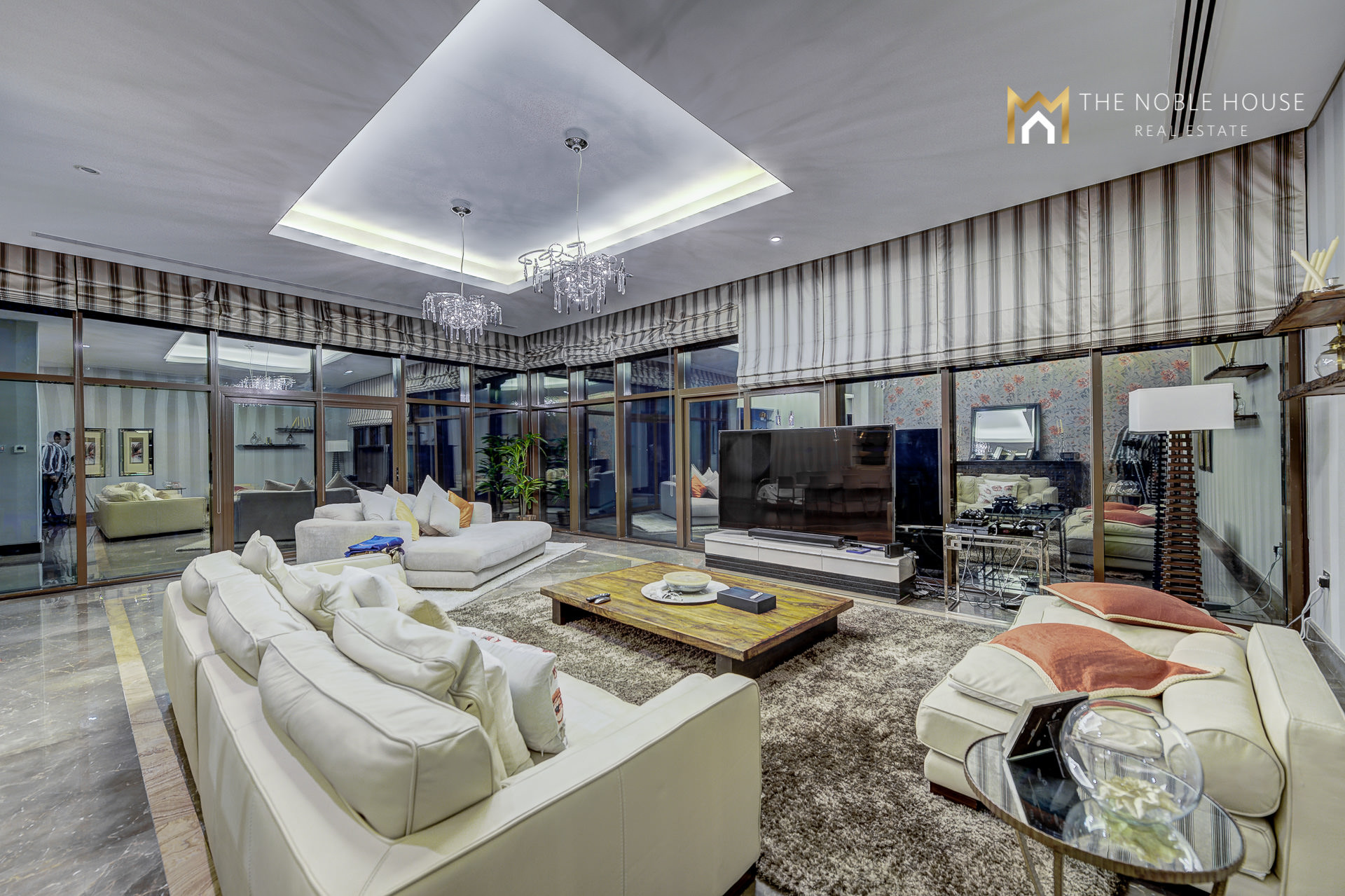 Top 100  Home Mansion In  Emirates Hills