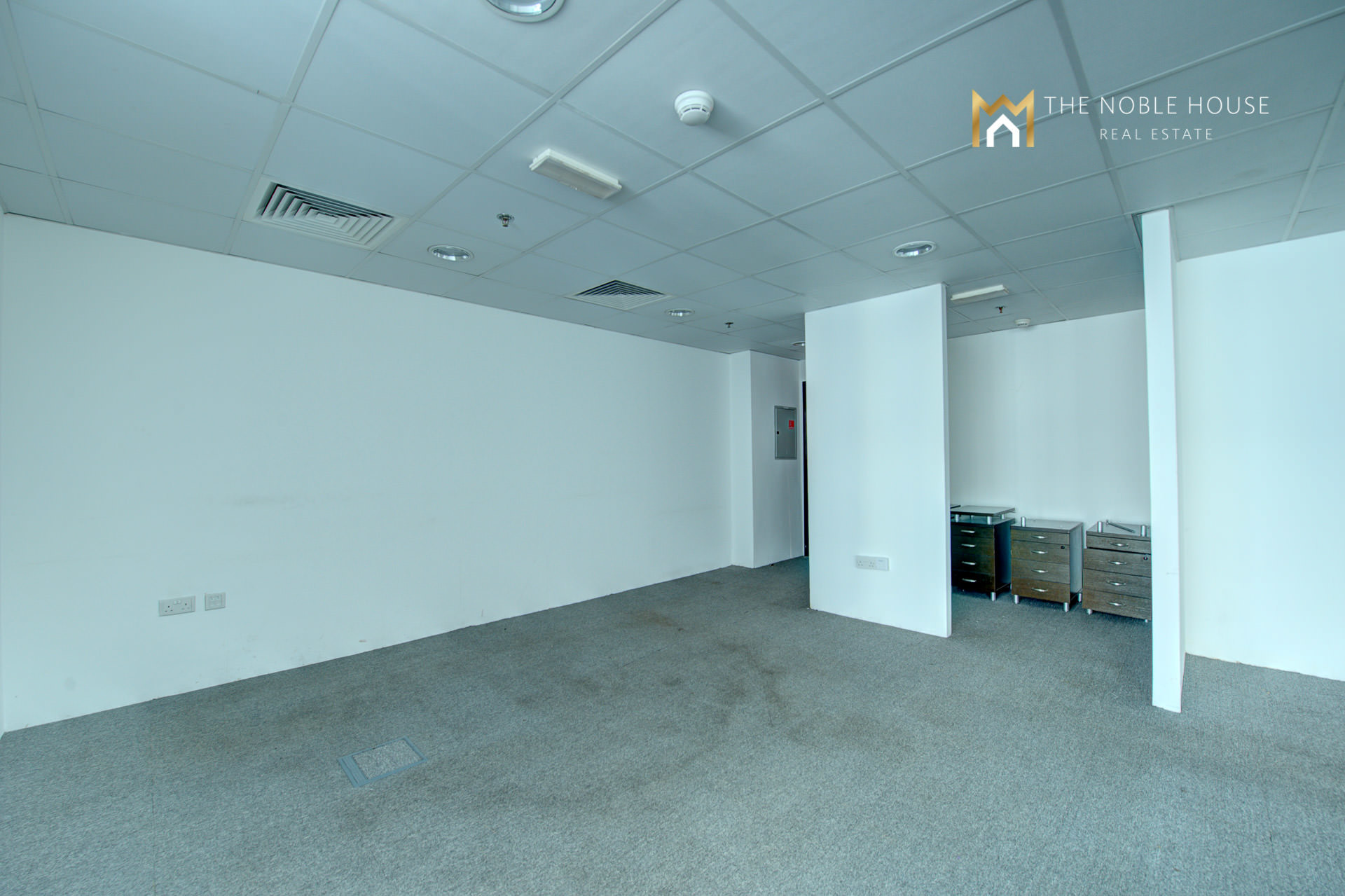 Many Fitted Offices Rent In Tameem House
