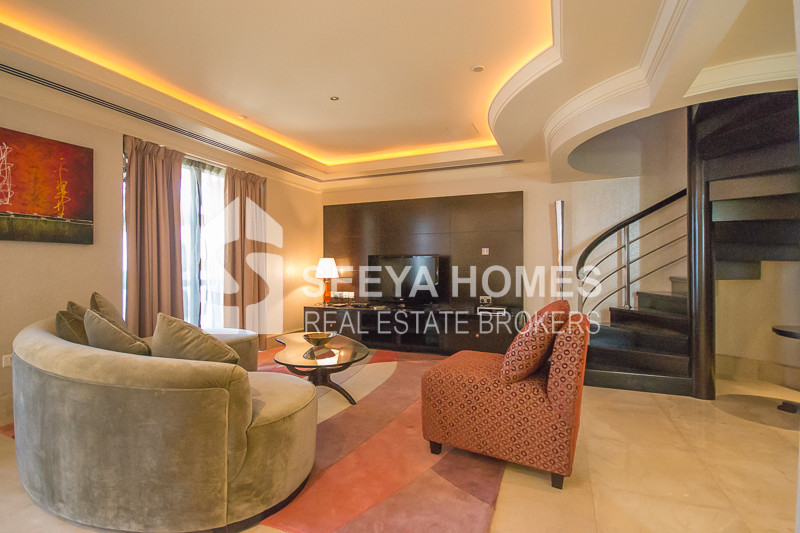1 Bedroom Penthouse with beautiful view of Sea & Marina