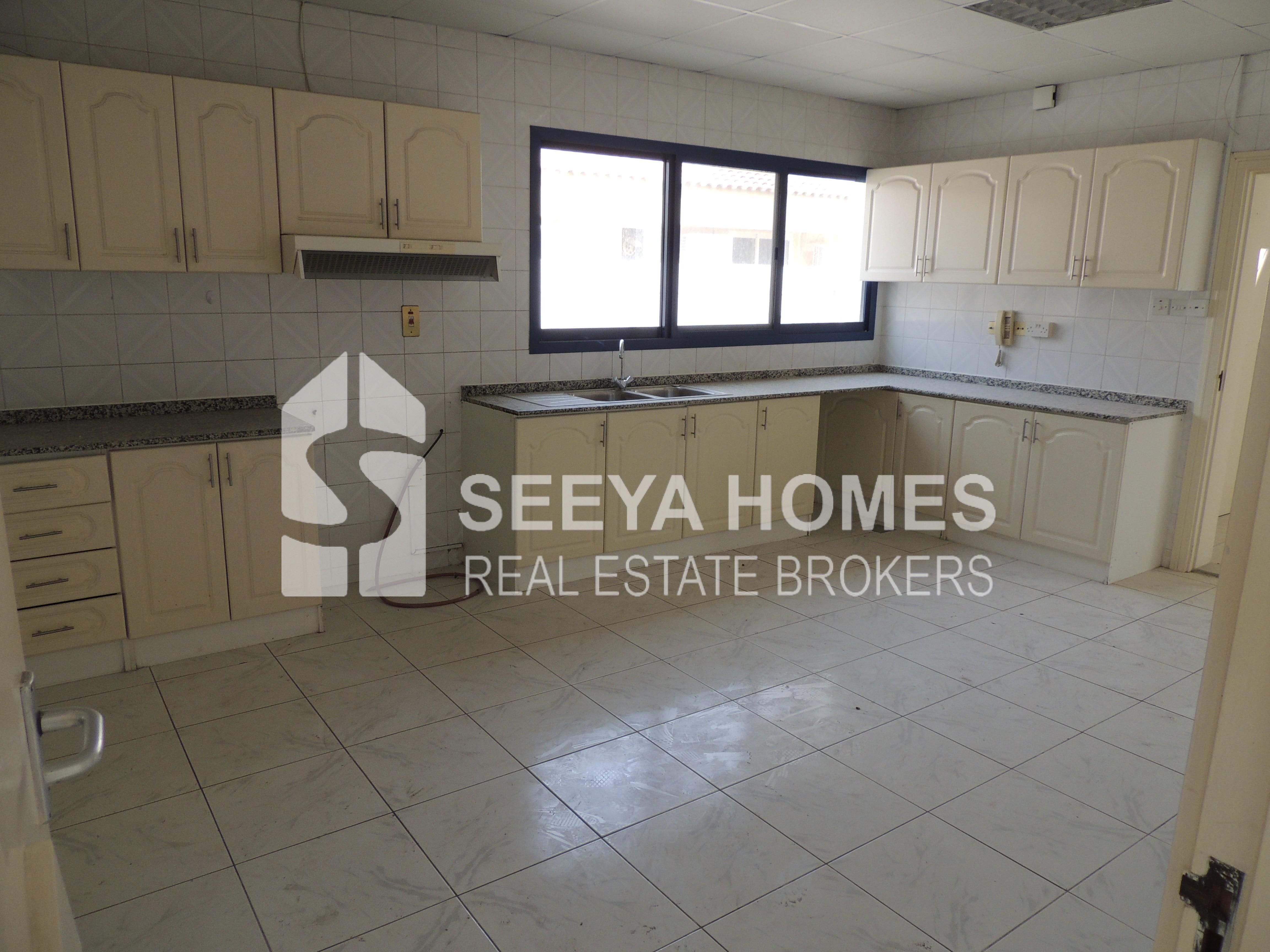 Specious 4 Bedroom Villa for Rent in Jumeirah