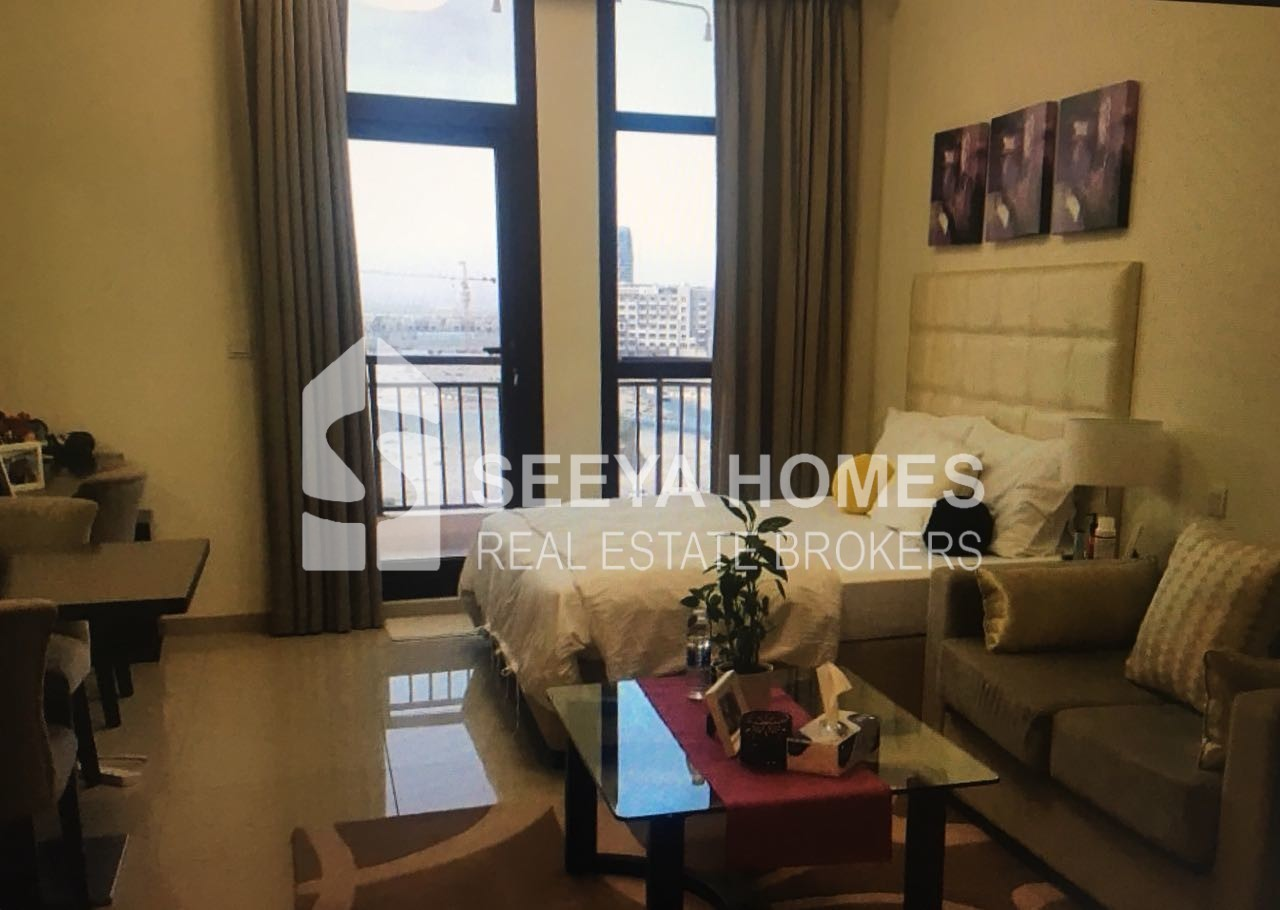 Fully Furnished | Studio Apartment | Lincoln Park