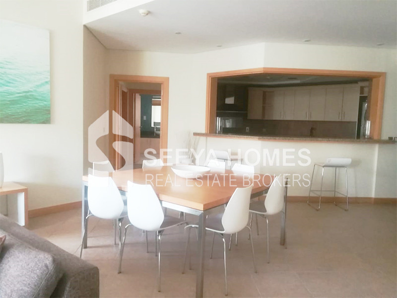 3 BR Apartment in Palm Jumeirah   City View