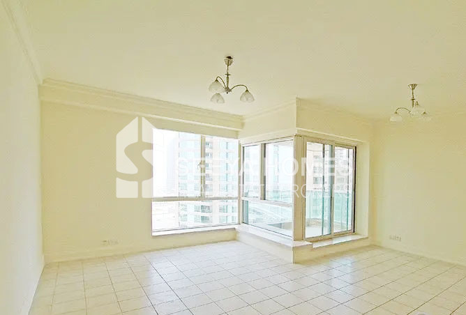 Emirates Hills & Golf View 1 BR + Study for Rent