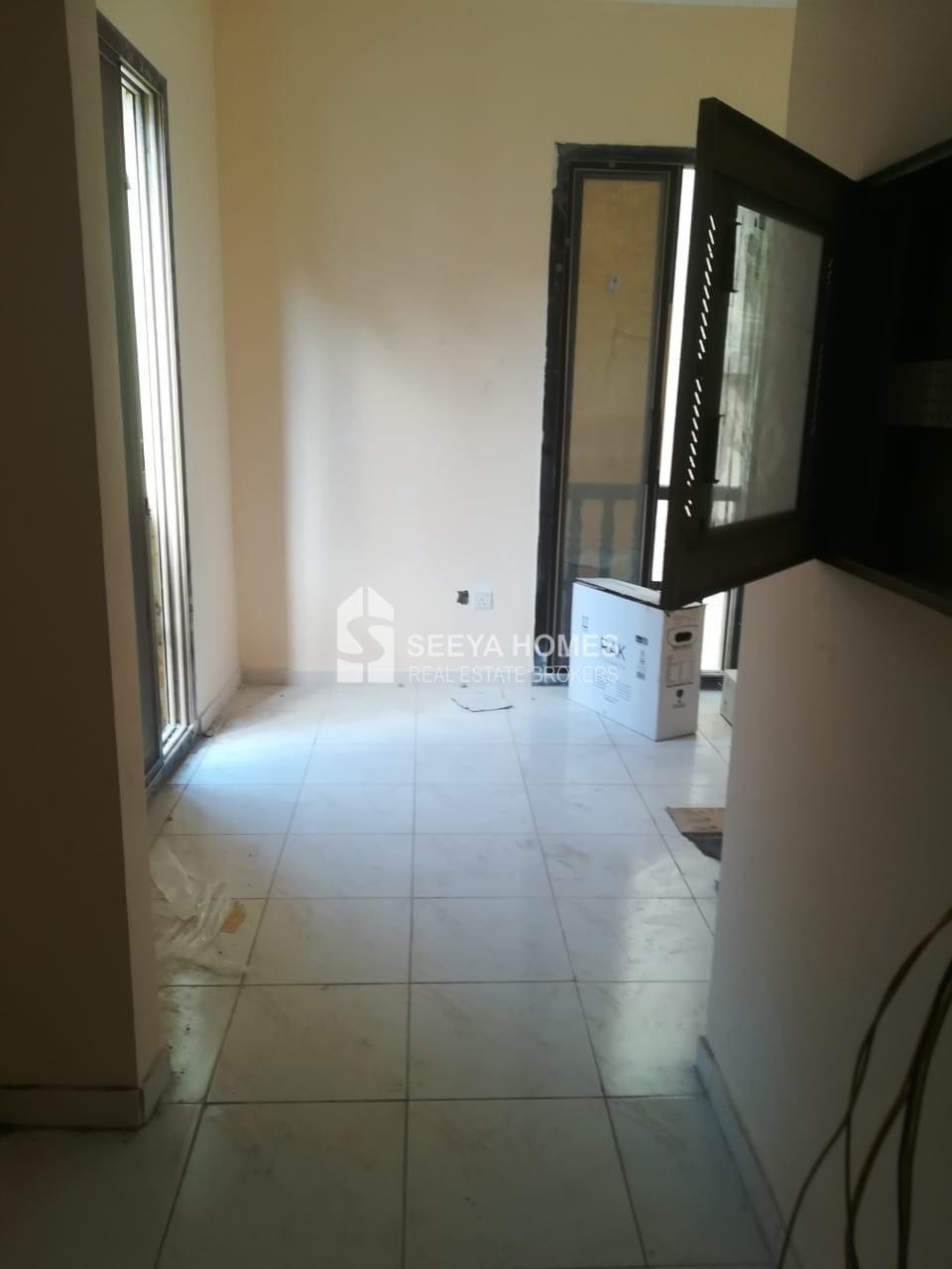 Best price for Bulk Studios in Bur Dubai with Open kitchen