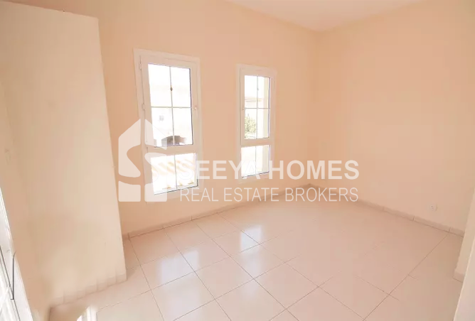 Well Maintained 2 BR Villa for Rent in Spring 3, 4M