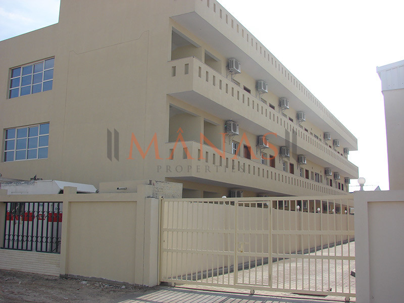 prime-location-brand-new-10-to-200-rooms-in-al-quoz