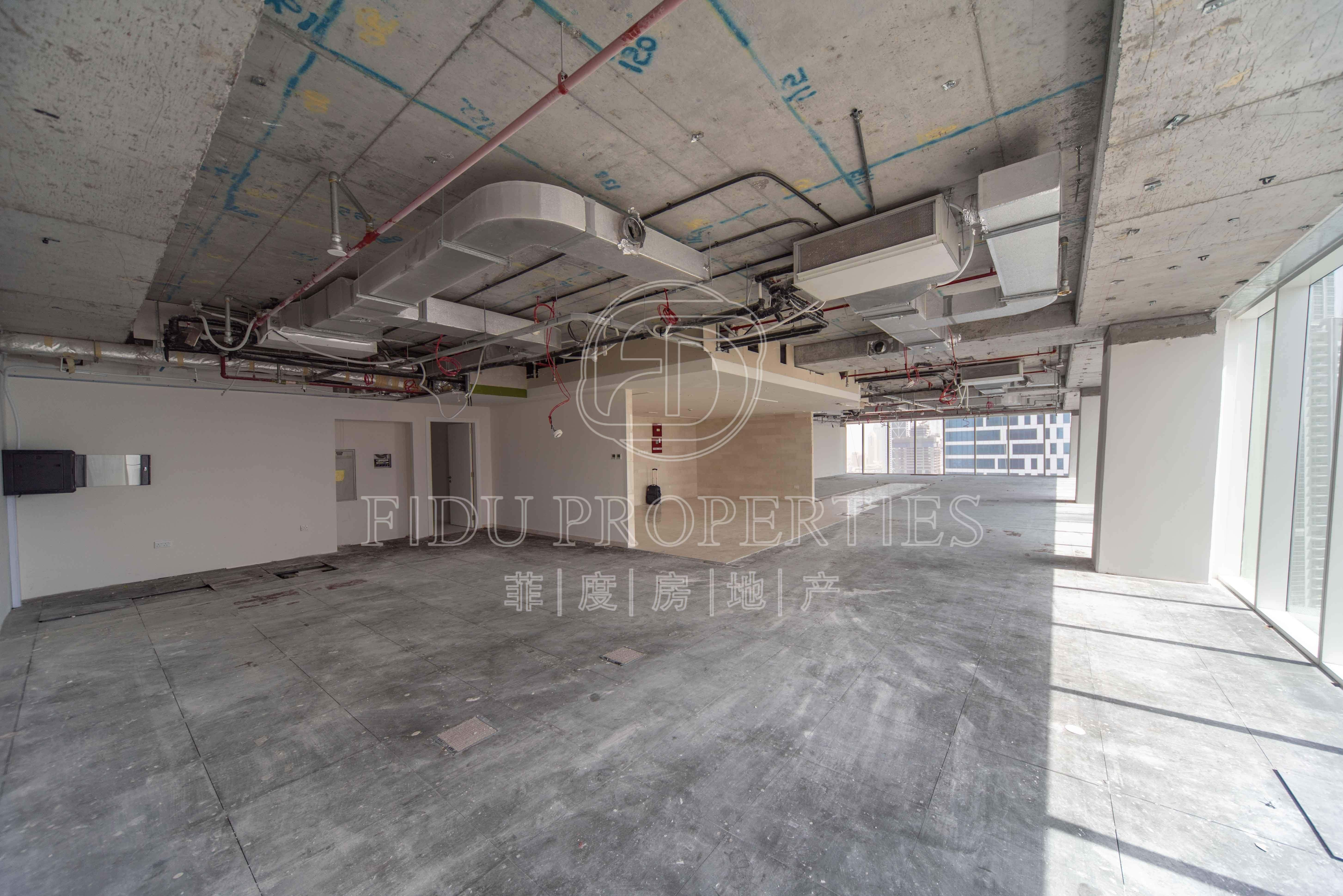 3 Parkings | High Floor | Semi...