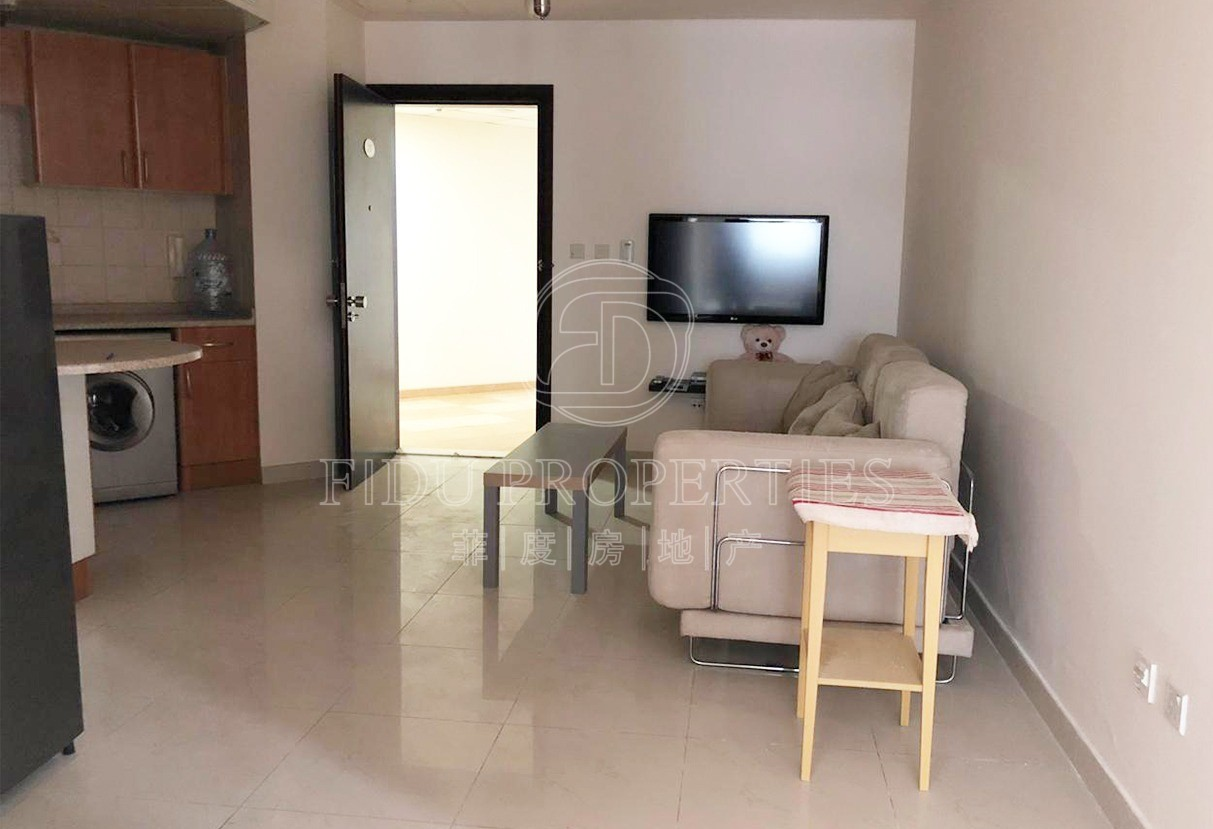 Fully Furnished | Near to Metr...